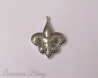 6 Pieces  Fleur De Lis Charm, Silver and black fleur-de-lis charm Antique Silver Finish 45x35mm New Orleans Football 9-42-S