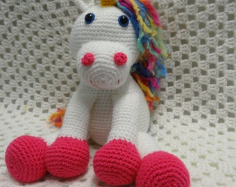 Unicorn, handmade girl gift, handmade crocheted toy, crocheted softie, soft toy, handmade toy, amigurumi, rainbow unicorn