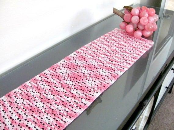 vintage rosa tischl ufer 70er jahre pink h keln tischl ufer. Black Bedroom Furniture Sets. Home Design Ideas