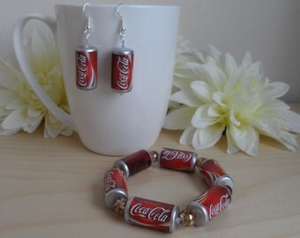 Cola Bracelet and Earrings Set