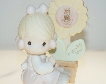 1987 Precious Moments A Growing Love Garden Flower Collectors Figurine 4.75""