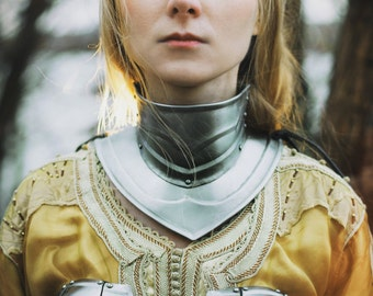 Steel Gorget of Female Armor Queen of the Lake