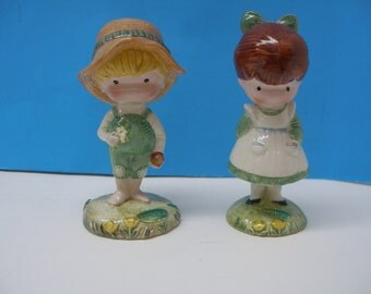 Joan Walsh Anglund BESWICK England China Figurines Boy or  Girl a Friend is Someone Who Likes You from the Book