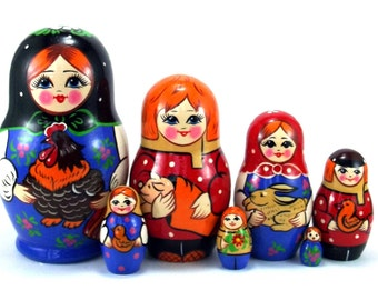 Animals Nesting Dolls 7 pcs Russian Matryoshka doll Traditional babushka doll Russian stacking dolls for kids Art Wooden russian doll