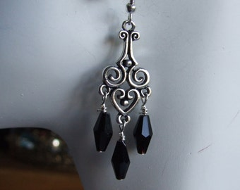 Black and antique silver earrings  0638EA