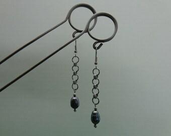 Chainmaille Earrings, Pearl Chain Earrings, Stainless Steel Dangle Earrings, Black Pearl Drop Earrings, Surgical Steel Hooks Earrings