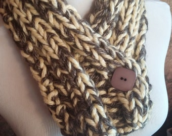 ONLY ONE Yellow and Brown Chunky Winter Knit Button Cowl