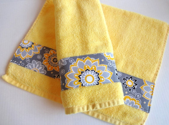 set of 2 hand towels yellow and grey yellow towels by augustave. Black Bedroom Furniture Sets. Home Design Ideas