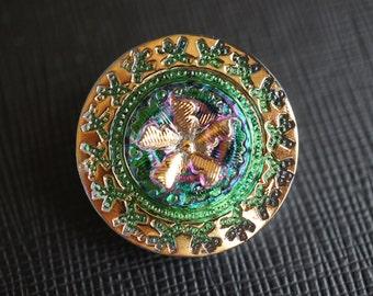 Hand Made Art Czech Glass Buttons, size 10, 22.5mm  Green Vitrail Gold (BUT007/10)