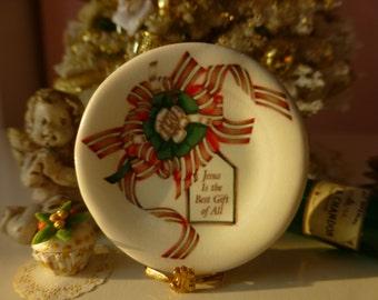 Christmas Ribbons Dollhouse Plate