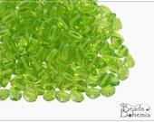 50 pcs Olivine Czech Glass Pinch Beads 5x3,5 mm (8690)