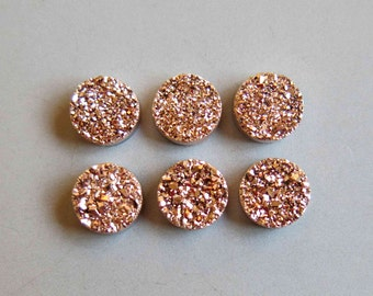 The side Polished Natural Agate Quartz Rose Gold Titanium Sparkling Druzy Cabochon 8mm