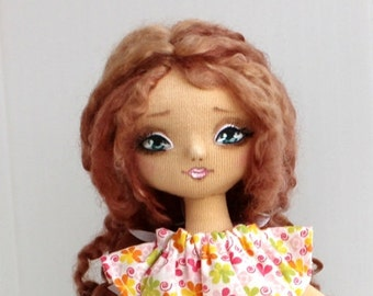 PDF pattern and sewing tutorial for cloth doll Vera.