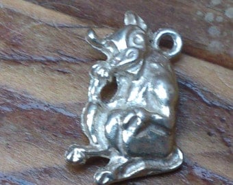 vintage solid silver comical laughing cow charm