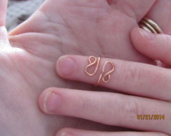 Knuckle Ring. (R-01) about size 2