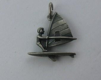 Windsurfer Windsurfing Surfing: pendant made of silver (Ag 835). VINTAGE