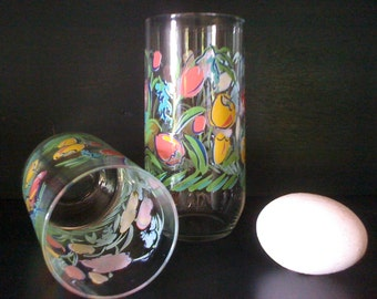2 Retro Tumblers with Abstract Flowers, 6 Inches Tall Water or Ice tea Glasses