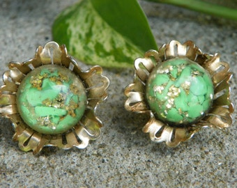 Vintage 50's Green and Gold Composite Lucite Clip On Earrings