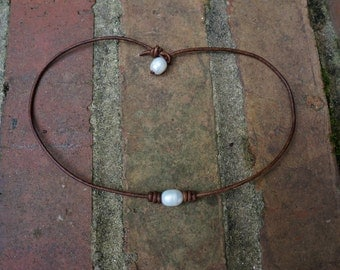 Leather Pearl Choker,Water Pearl Leather Necklace, White Freshwater pearl