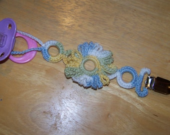 Verigated with Verigated Flower Crochet Pacifier Clip New style and universal