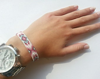 Friendship bracelet in blue