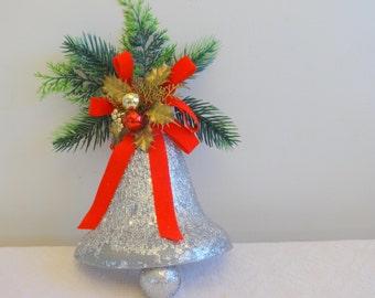 Retro Christmas Silver Bells Wall Hanging