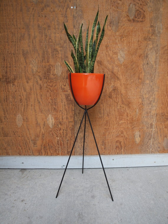mid century bullet plant stand. Black Bedroom Furniture Sets. Home Design Ideas