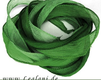 set with 3 silk ribbons crinkle crepe green 2