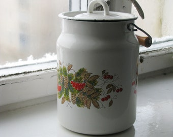 Soviet  vintage farmhouse white enamel pot with winter ornament and lid -  Christmas decor - Made in USSR