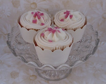 50 ivory textured cupcake wrappers