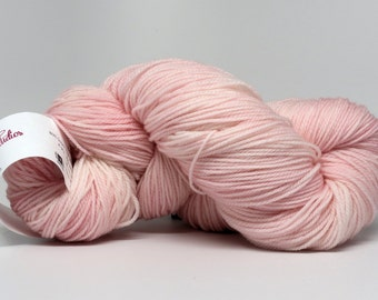 Petal Pink - Luxury Fingering Weight - Merino, Cashmere & Nylon - 100 g - 425 yds