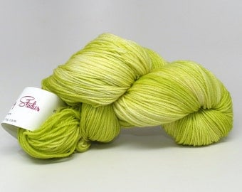 Sprout - Luxury Fingering Weight - Merino, Cashmere & Nylon - 100 g - 425 yds