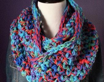 "SUPER CHUNKY Crochet Infinity Scarf-""Heartfelt"""