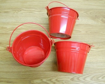 Set of 3 Red Pails 1 qt with handle