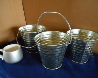 3 pc set galvanized pails with handle 2 quart