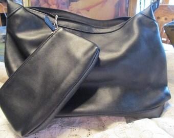 Liz Clairborne Villager Bucket Style Purse/Handbag