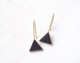 black and brass matte triangle drop earrings