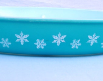 Vintage Pyrex Blue partitioned Serving Dish with Snowflakes