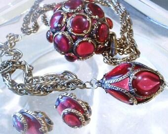 1964 Crown TRIFARI Renaissance Pendant Necklace Charm Bracelet Earrings Cranberry Red Poured Glass Stained Glass Gripoix Art Deco 1960's Set