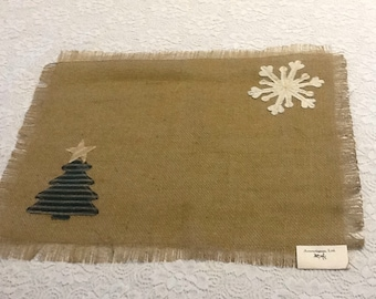 Rustic Burlap Placemats with fringed edges and Seasonal appliqués