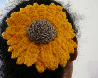 crochet flower hairslide // hair accessory sunflower // barrette female accessory spring summer country accessories