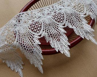 Venise Lace Trim, Vintage White Lace Fabric Trim, Leaf Trim, Wedding Bridal Costume Supplies