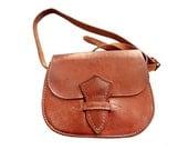 FRENCH vtg 70 's natural tan leather handbag // small bag //