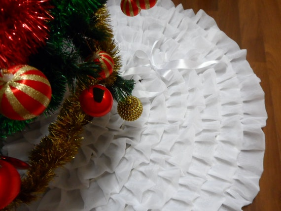 Ready for shipment white ruffle tree skirt holiday