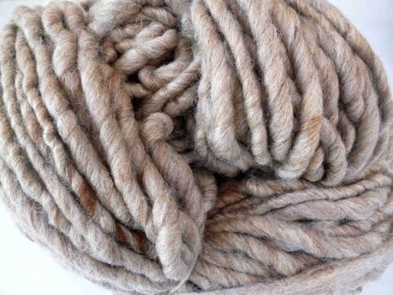 Super bulky yarn, super chunky yarn, hand spun yarn, Blue Faced ...