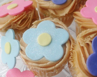 Fondant Flower Cupcake toppers