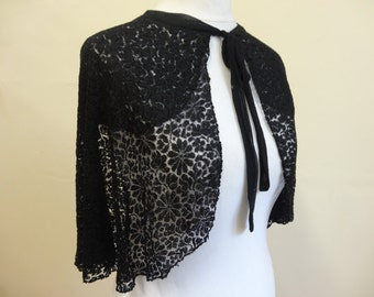 30's Lace Capelet. Spider's Web.