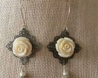 Victorian style white rose earrings with pearl drops