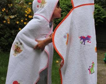 Girl's Unicorn Hooded Bath Towel