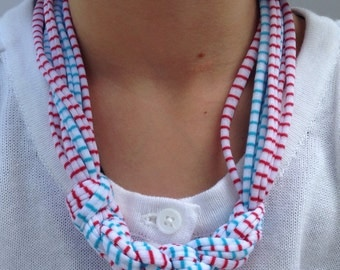 White with Stripes T-Shirt Yarn Necklace Style #4